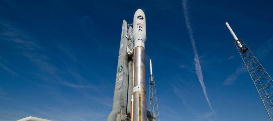 El lanzamiento del Atlas V, que ha realizado 75 vuelos, será el primero que la...
