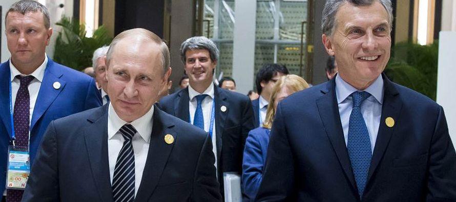 La agenda oficial del presidente argentino comenzó esta mañana con un desayuno de...