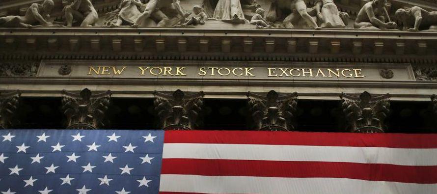 El dólar borró pérdidas contra una canasta de monedas luego de que Trump...