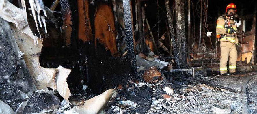 - 24 diciembre 2015.- Al menos 25 personas mueren y otras 123 resultan heridas en el incendio...