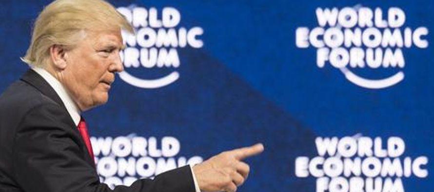 El presidente de Estados Unidos, Donald Trump, dijo hoy en Davos que su país estará...
