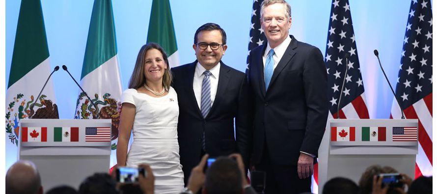 Tras seis días de intensas negociaciones en Montreal, Canadá, México y Estados...