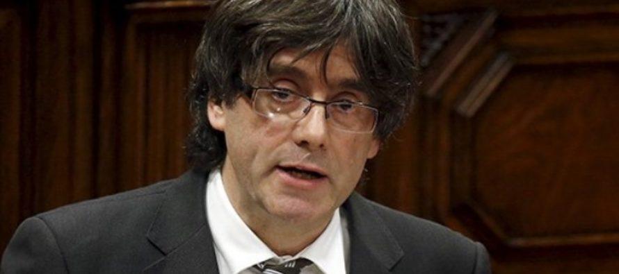 Puigdemont huyó a Bruselas el 30 de octubre y desde entonces elude la orden de la Justicia...