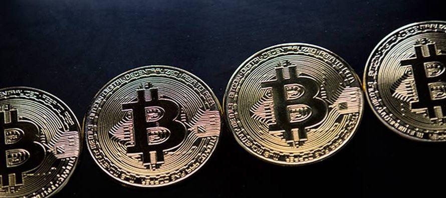 El bitcóin se cotizaba hoy en unos 1,250 millones de yenes (9.253 euros) a las 15.00 hora...