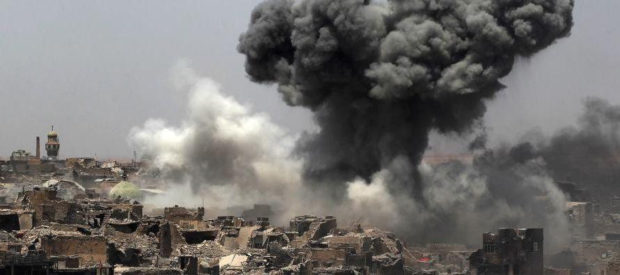 Al menos ocho personas, en su mayoría miembros de las fuerzas de seguridad iraquíes,...