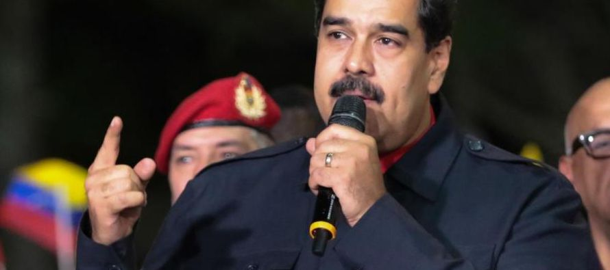 """El presidente venezolano, Nicolás Maduro, dijo que tiene """"pruebas concretas"""" de..."""