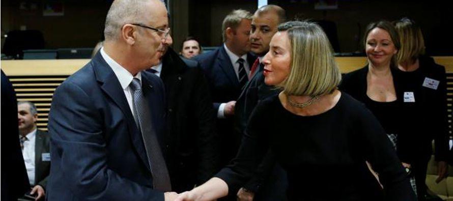 La Unión Europea (UE) aprobó hoy un nuevo paquete de ayuda de más de 42...
