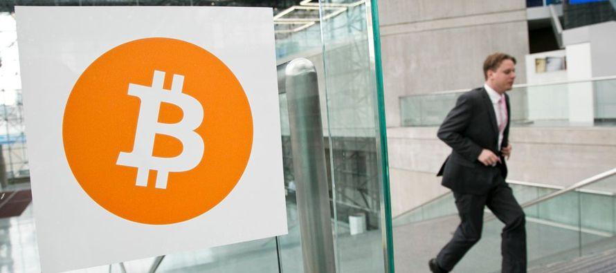 Entonces, nos queda claro que los bitcoines no son en realidad efectivo digital. En cierta forma...
