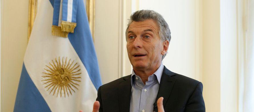 """Argentina no va a reconocer esa elección"""", afirmó rotundo el mandatario..."""
