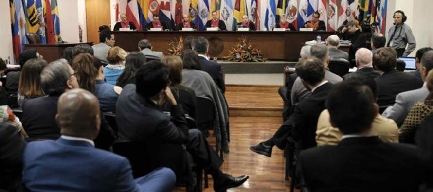 El presidente de Perú, Pedro Pablo Kuczynski, otorgó el 24 de diciembre pasado un...