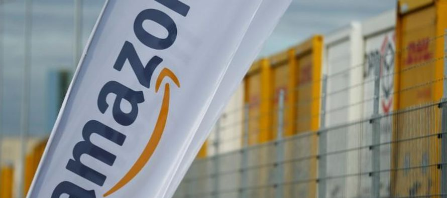 Amazon, con sede en Seattle, está usando sus envíos rápidos, programas...
