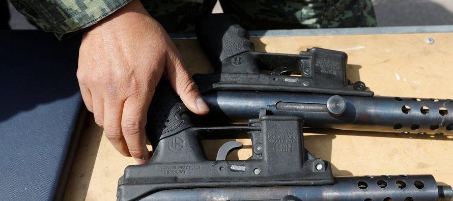 Sin embargo, Tizapa explica que el uso de armas estadounidenses durante ese día es uno de...