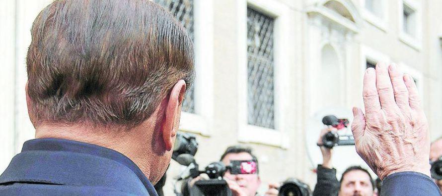 El eurodiputado socialista español Jonás Fernández, ponente del informe...