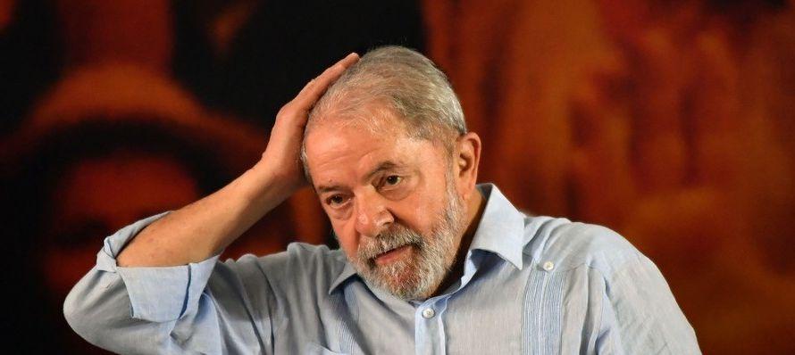 Lula fue condenado en enero por tres jueces de un tribunal de segunda instancia que, por...