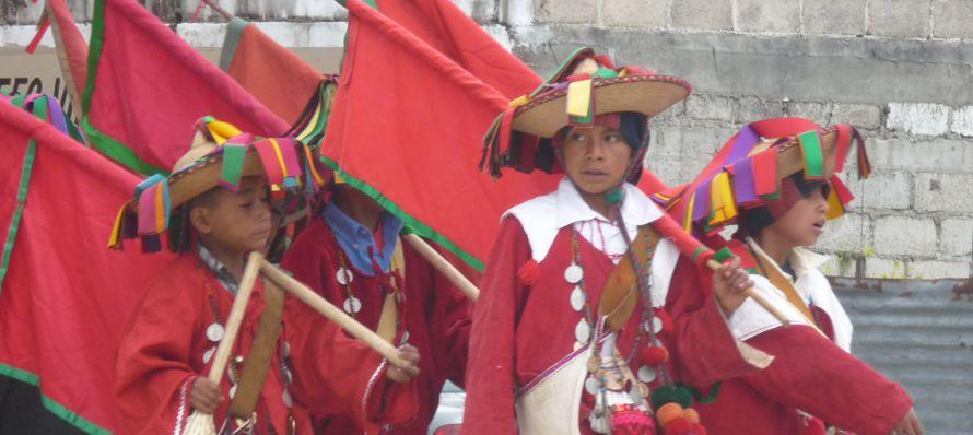 El Carnaval de Tenejapa tiene su especial belleza y simbolismo; es una de las ceremonias religiosas...