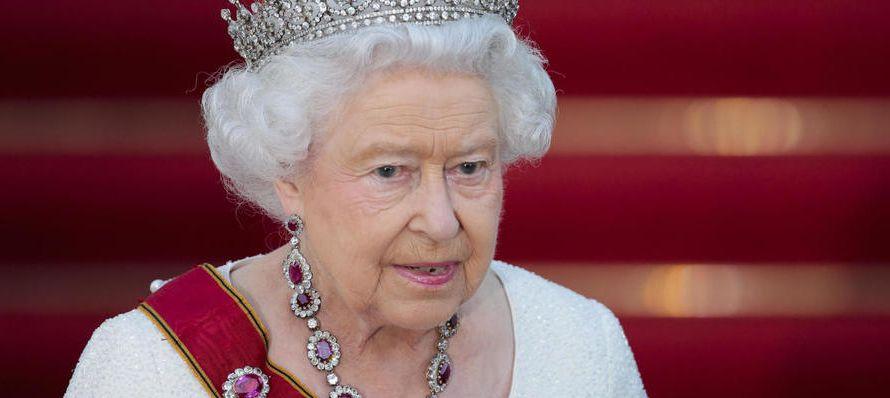 En septiembre de 2015, Isabel II, de 91 años, superó los 63 de reinado de su...