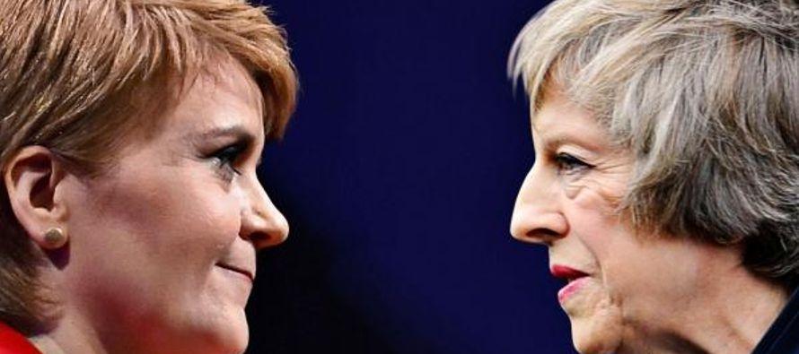 """""""La gente de Escocia votó para permanecer dentro de la Unión Europea y es tarea..."""