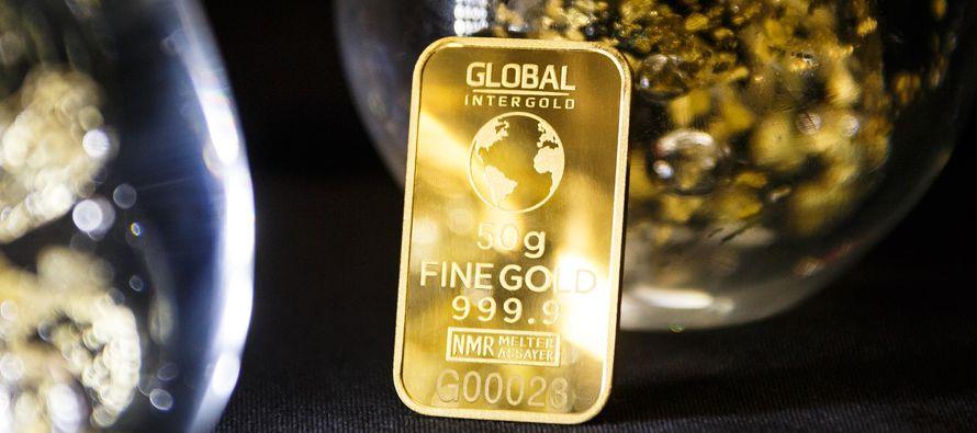 La demanda mundial de oro cayó un 7 por ciento en 2017 a 4.071,7 toneladas, un mínimo...
