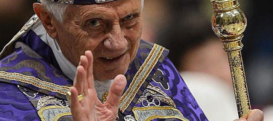 Este último anunció hace dos años que el papa emérito se estaba...