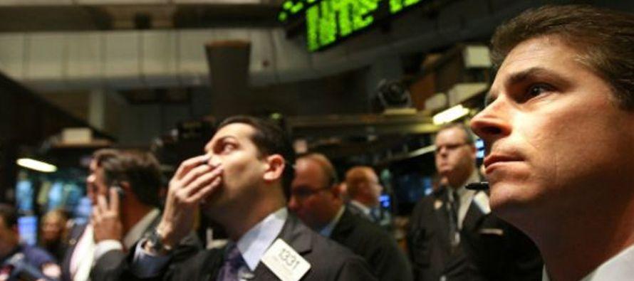 Un análisis preliminar del descenso -ayer martes, el Dow Jones abrió al alza- ofrece...