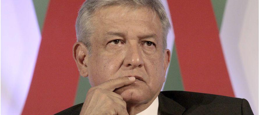 Obrador es un progresista, pero su visión del mundo sigue estando más cerca de sus...