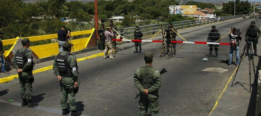 La visita de Jungmann al estado de Roraima coincide con un anuncio de Colombia de que...