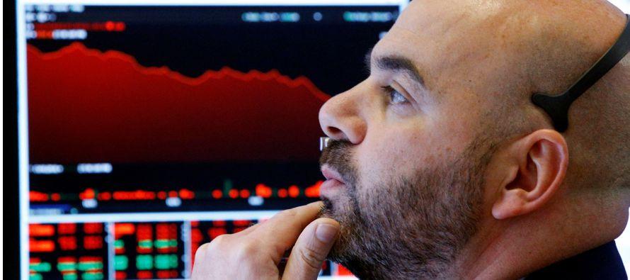 La bolsa de Nueva York terminó hoy con alzas en sus principales indicadores, pero sin...