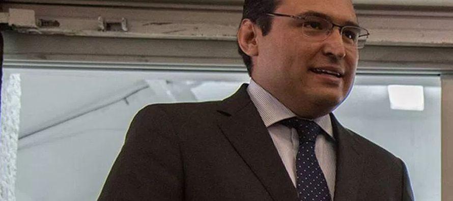 González Rojas se desempeñaba como jefe de la Unidad de Banca, Ahorro y Valores de la...