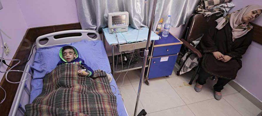 Según informó a Efe el portavoz del Ministerio de Salud en Gaza, Ashraf al Qedra, los...