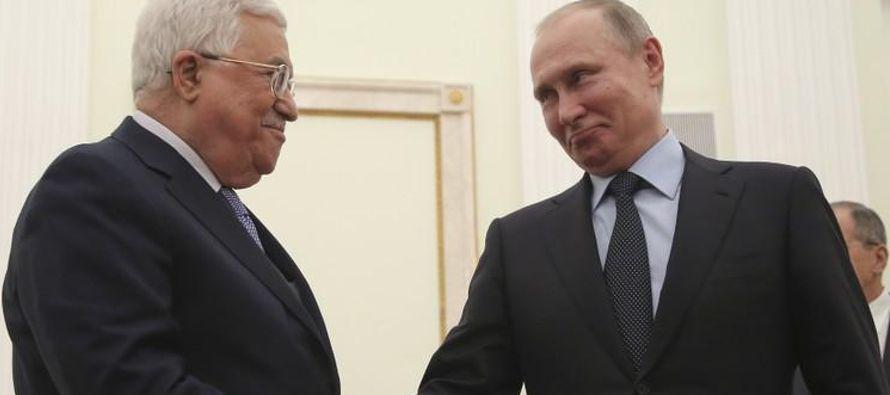 Abbas fue citado diciendo que quiere un nuevo mecanismo expandido de mediación para...