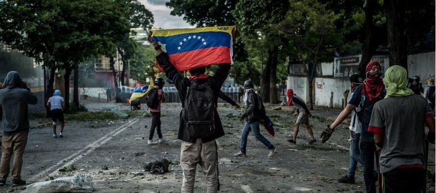 A partir de ahora el gobierno chavista será observado con minuciosidad por la CPI. Esto le...