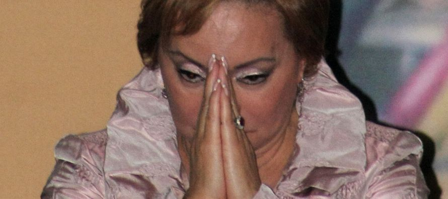 Un juez ha restringido la comunicación de Elba Esther Gordillo en su prisión...