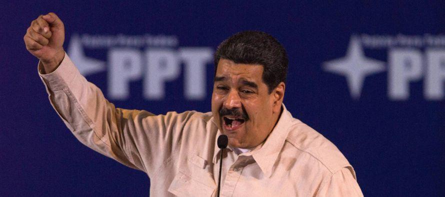 La decisión de la oposición democrática venezolana de no acudir a las...