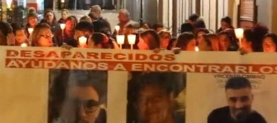 Cuatro policías, entre ellos una mujer, fueron detenidos en México acusados de la...