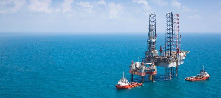 Al presentar su informe financiero, la petrolera estatal reflejó una pérdida neta de...