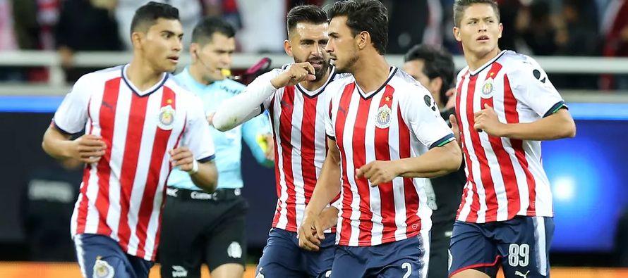 En el Clausura mexicano, apenas el domingo, las Chivas empataron 1-1 con los Pumas y llegaron a...