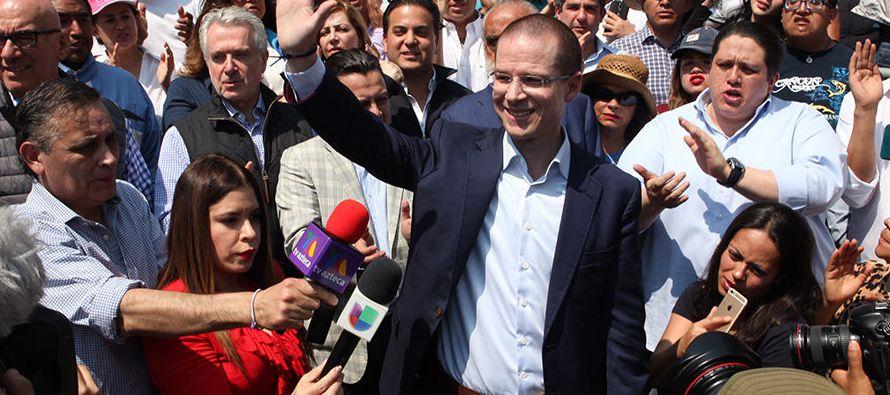 La Procuraduría General de la República (PGR) y la Secretaría de Hacienda, a...