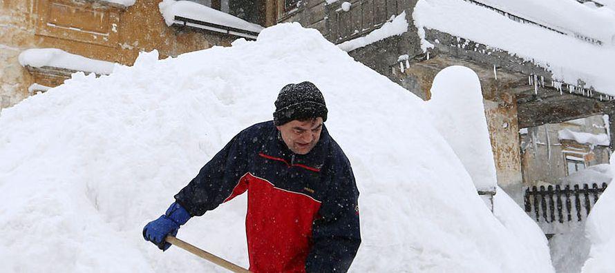 Las grandes nevadas, poco comunes en gran parte de Europa en esta época del año,...