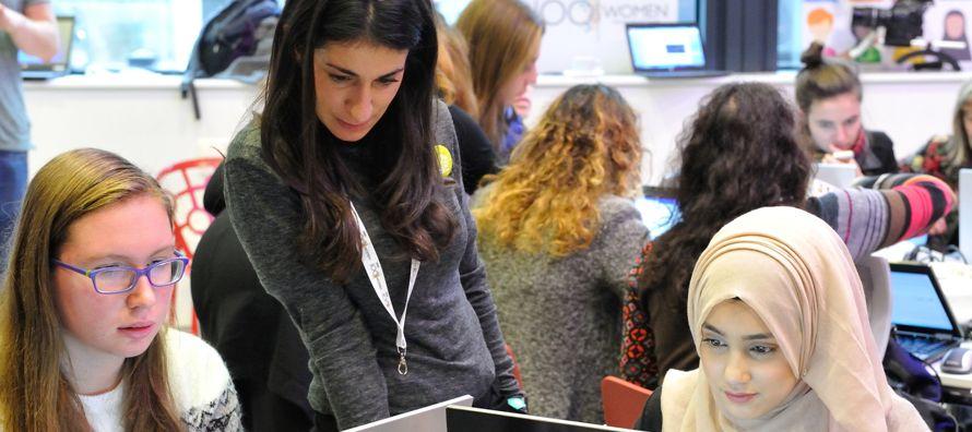 Según datos de la campaña, difundida bajo la etiqueta #WikiGap en las redes sociales,...