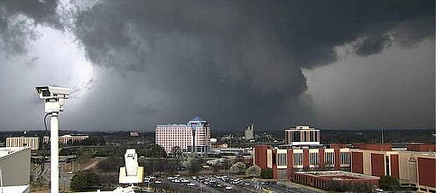 """El """"ciclón bomba"""" va a afectar a su paso a 80 millones de personas. Es un evento..."""