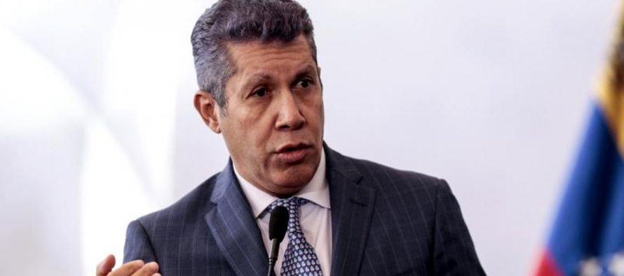 """Reiteró que Venezuela """"reclama un cambio"""" y que esa es su """"tarea: derrotar al..."""