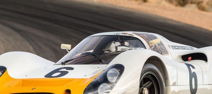 La revista afirmó que de acuerdo a los planes de Porsche, los pasajeros podrían tener...