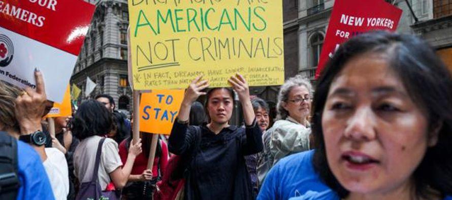 La mayor preocupación de la activista, con permiso de residencia y trabajo hasta 2019, recae...