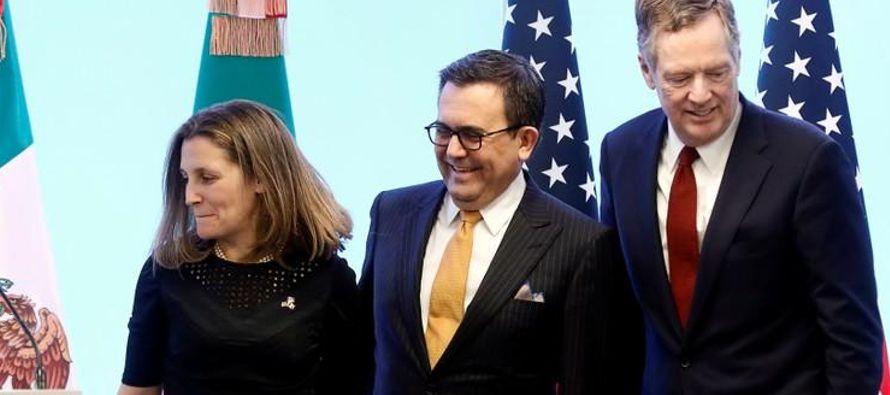 También pareció buscar dividir a México y Canadá en las conversaciones,...