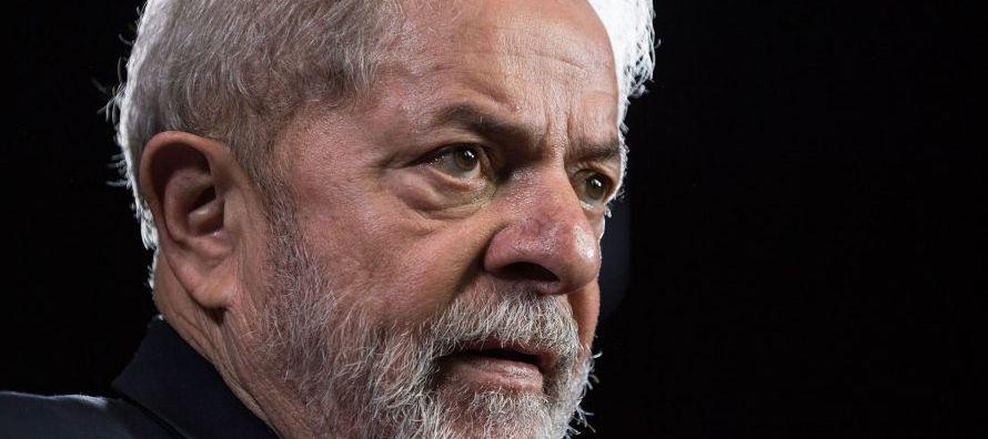 Lula, que ha manifestado su intención de disputar las presidenciales del 7 de octubre pese a...