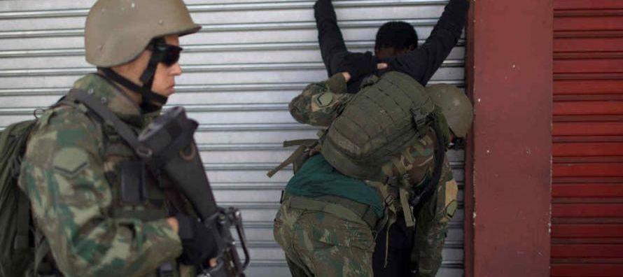 De acuerdo con la pesquisa, para el 22,5 % de los encuestados la violencia en Río...