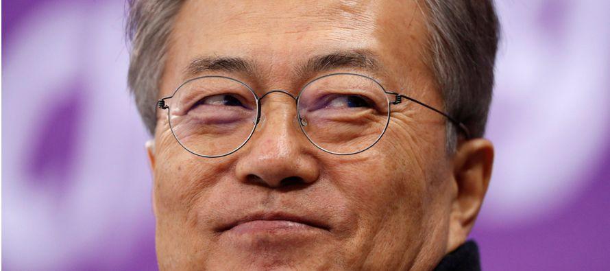 La reunión se produce el día después de que la delegación surcoreana...
