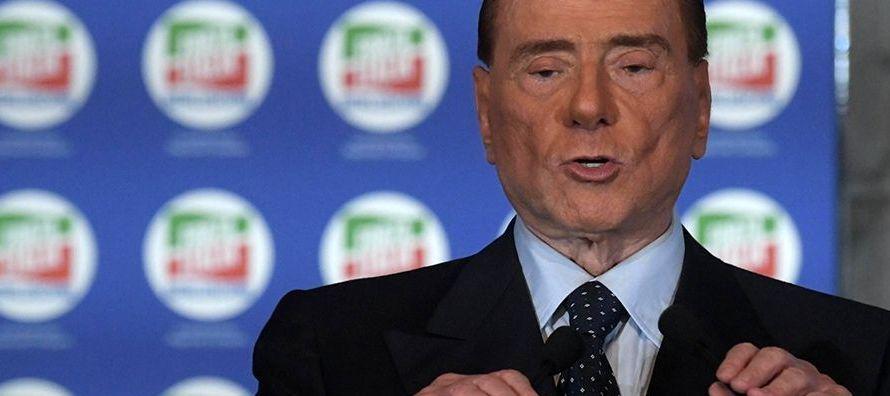 """""""Por mi parte, como líder de Forza Italia, estoy aquí para apoyarle, para..."""