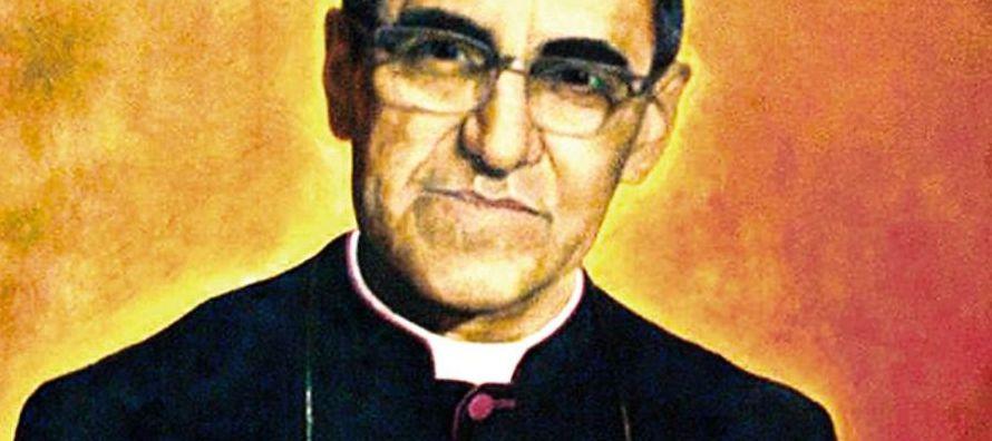 """Díaz sostuvo que la canonización """"debe aprovecharse para una verdadera..."""