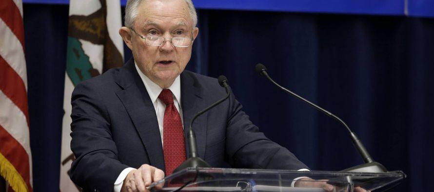 """""""El rechazo a detener y deportarlos, especialmente a los criminales, es un rechazo efectivo de..."""